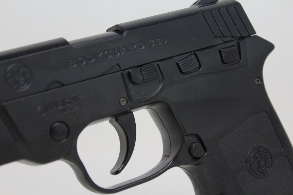 CROWN - Pocket Handgun BODYGUARD 380 / no silencer model